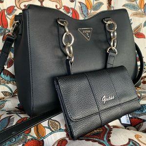 Beautiful large hues bag & wallet 🖤